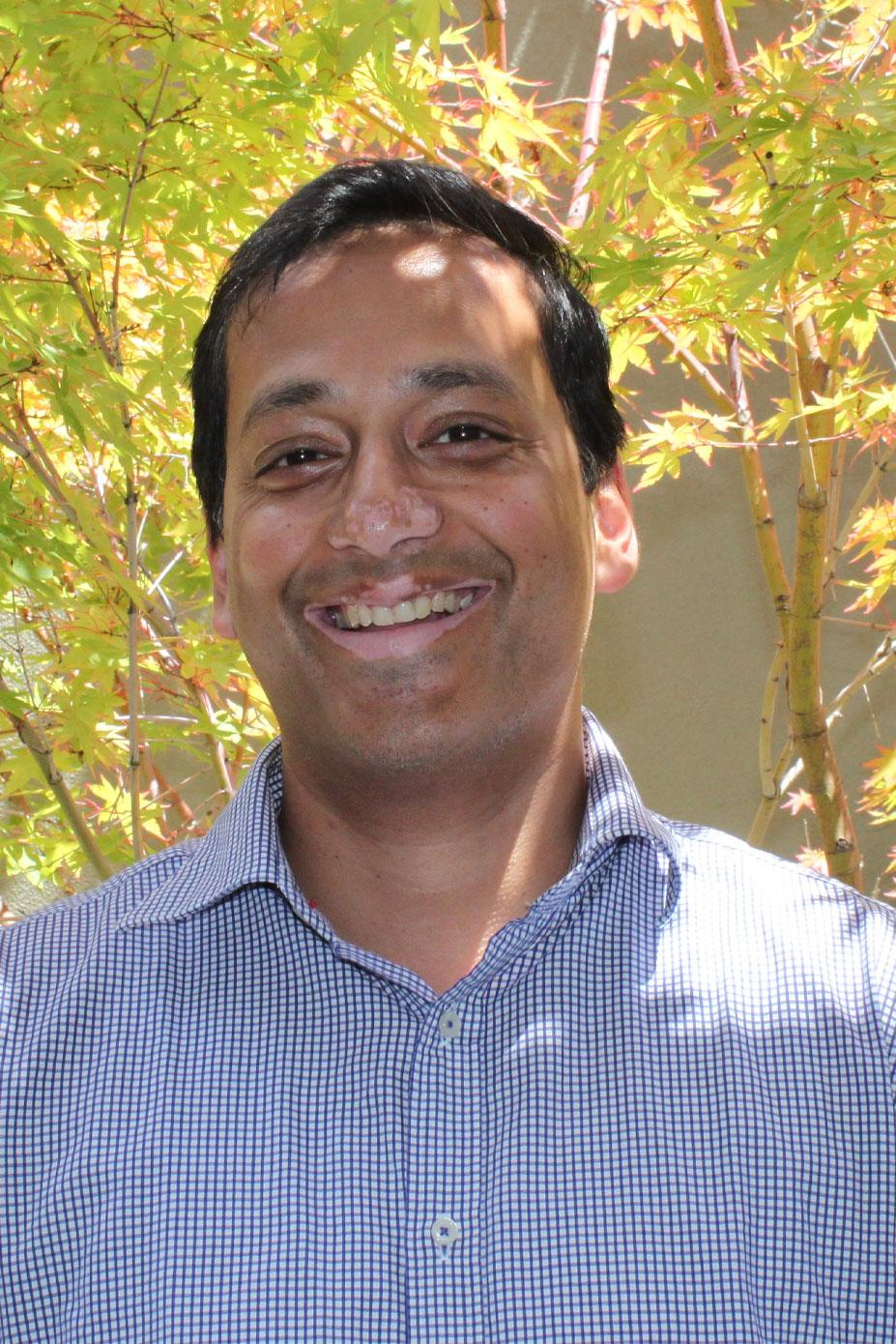 Dr Ayush Srivastava